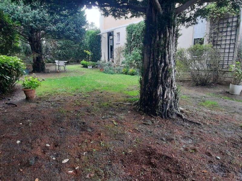 Sale house / villa Pontoise 650000€ - Picture 2