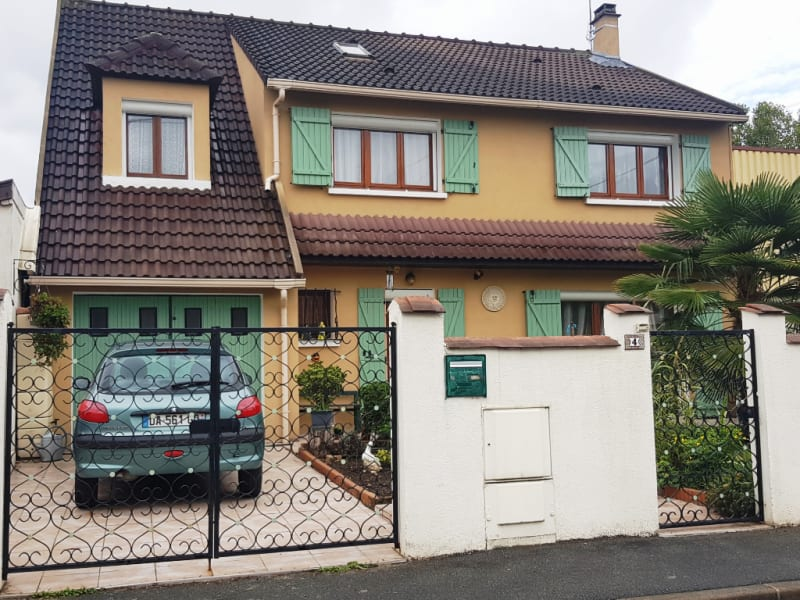 Sale house / villa Vaujours 455 000€ - Picture 1
