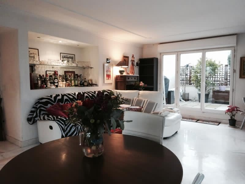 Sale apartment Courbevoie 1 050 000€ - Picture 2