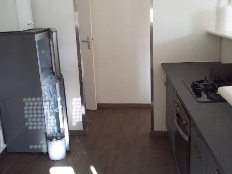 Rental apartment Saint quentin 480€ CC - Picture 2
