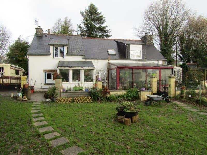 Sale house / villa Mael carhaix 139100€ - Picture 1
