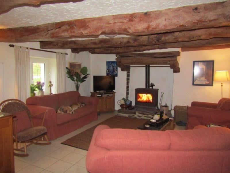Sale house / villa Mael carhaix 139100€ - Picture 2