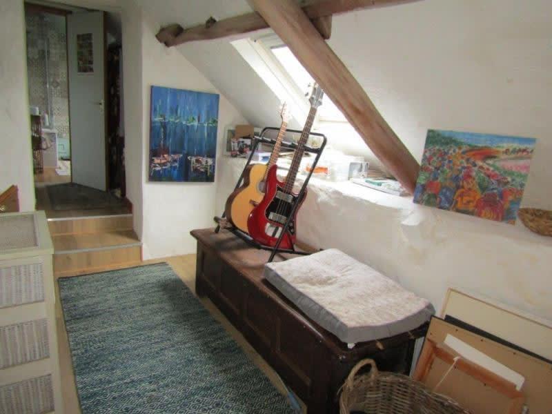Sale house / villa Mael carhaix 139100€ - Picture 9