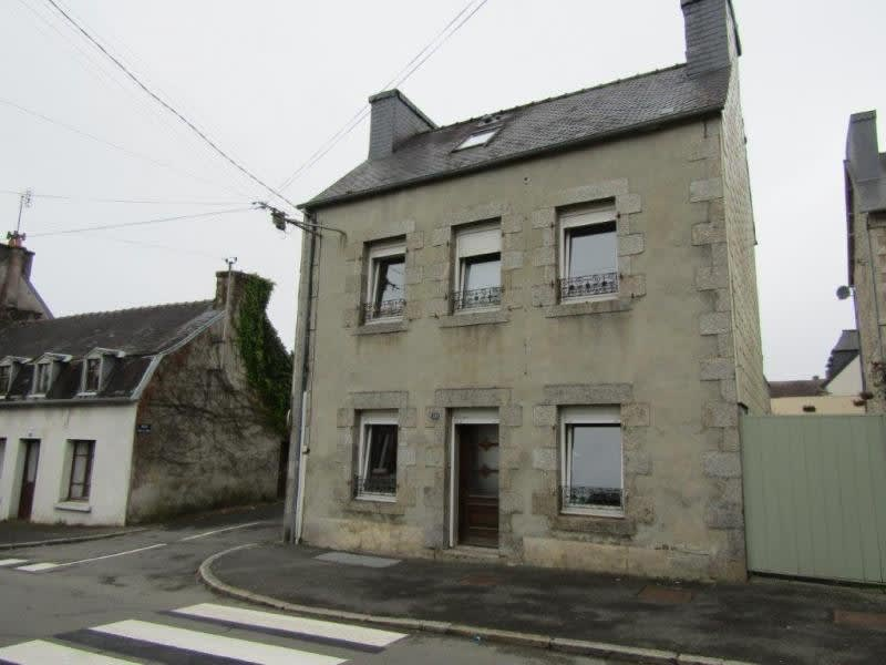 Sale house / villa Callac de bretagne 74900€ - Picture 1