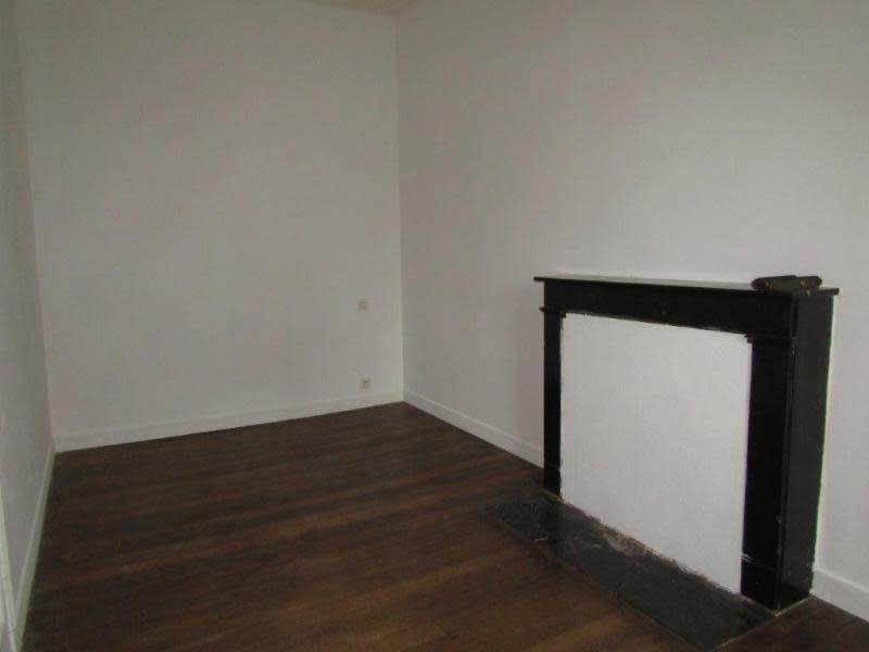 Sale house / villa Callac de bretagne 74900€ - Picture 7