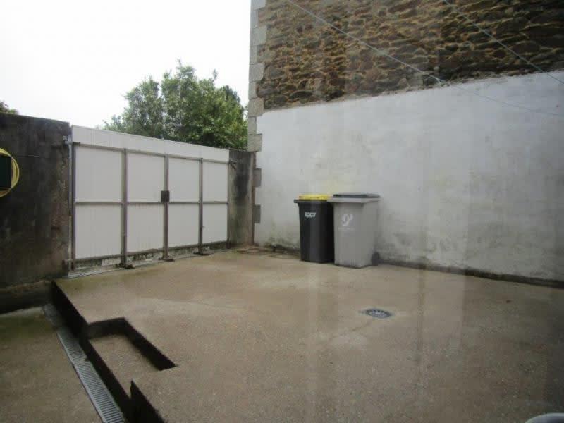 Sale house / villa Callac de bretagne 74900€ - Picture 9