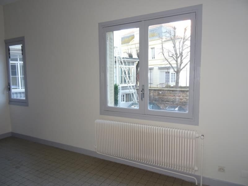 Rental apartment Roanne 310€ CC - Picture 3