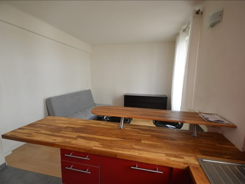 Rental apartment Bois colombes 740€ CC - Picture 3