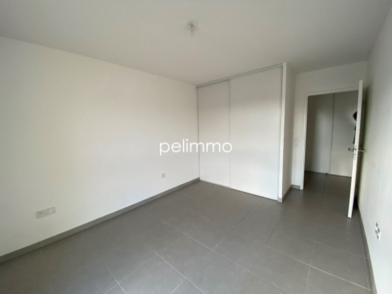 Location appartement Grans 883€ CC - Photo 4