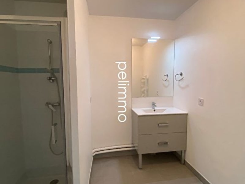Location appartement Grans 883€ CC - Photo 6