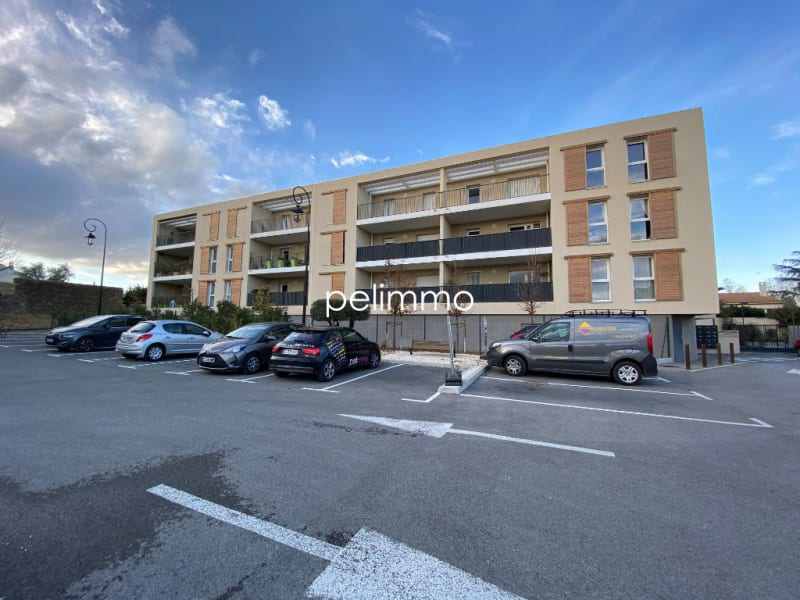 Location appartement Grans 883€ CC - Photo 7
