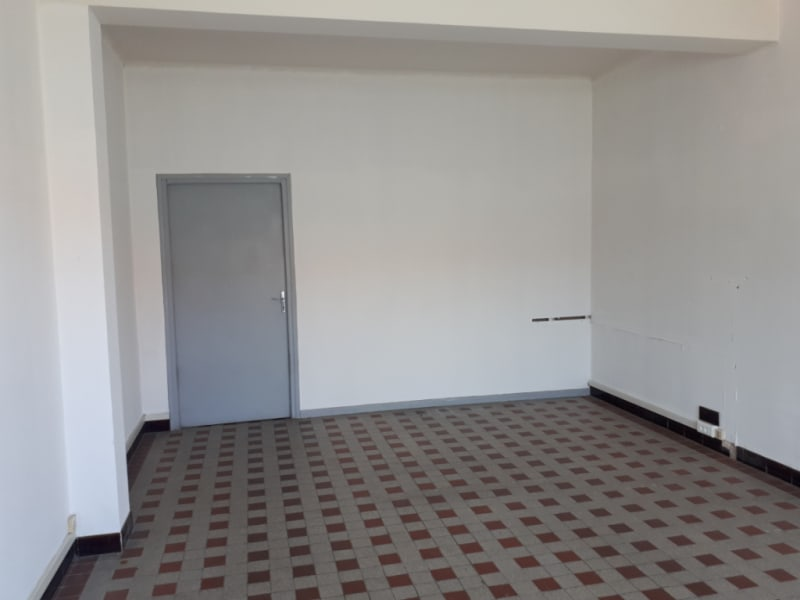 Location local commercial Saint omer 280€ HC - Photo 2
