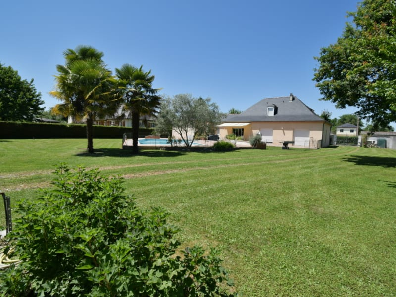 Sale house / villa Mirepeix 382000€ - Picture 6