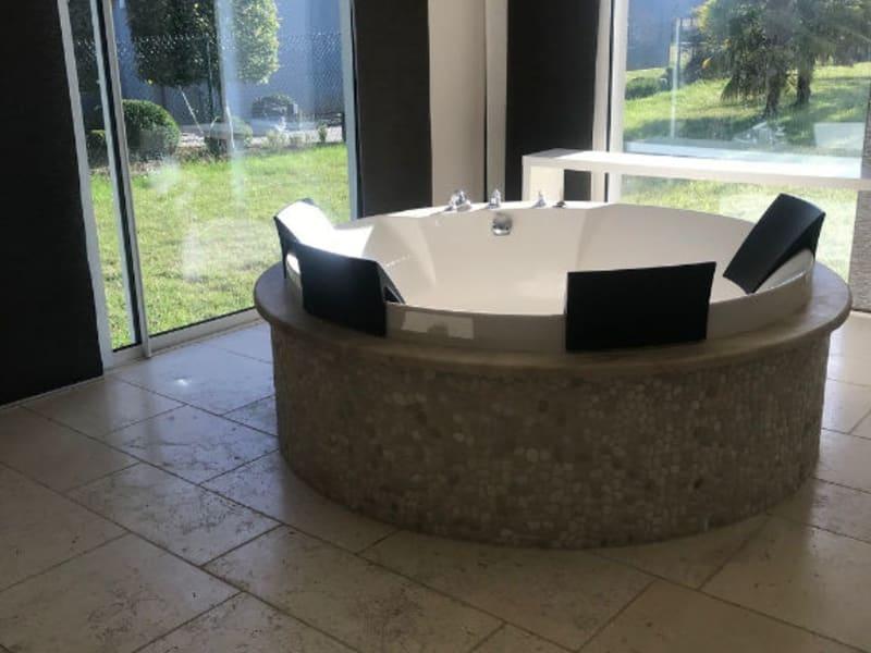 Sale house / villa Bois guillaume 810000€ - Picture 6