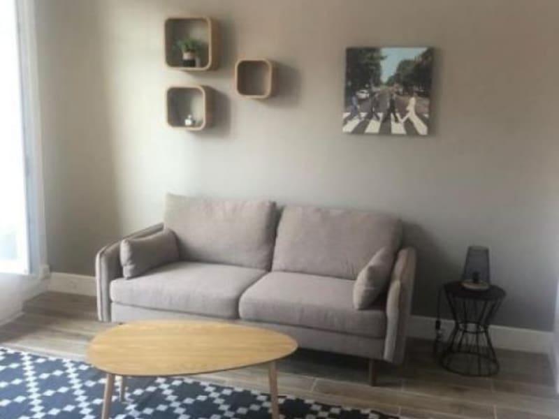 Location appartement Asnieres sur seine 870€ CC - Photo 4