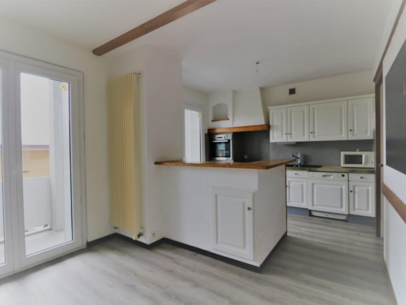 Sale apartment La roche sur foron 240000€ - Picture 2