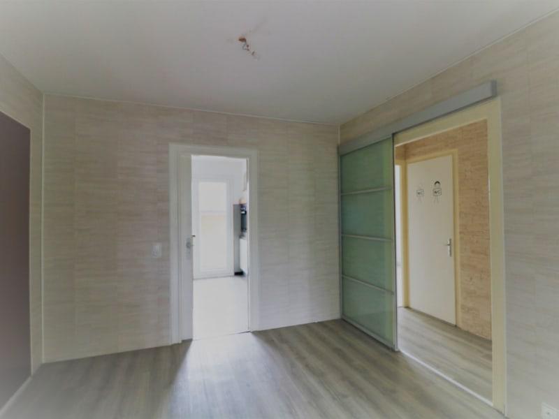 Sale apartment La roche sur foron 240000€ - Picture 3