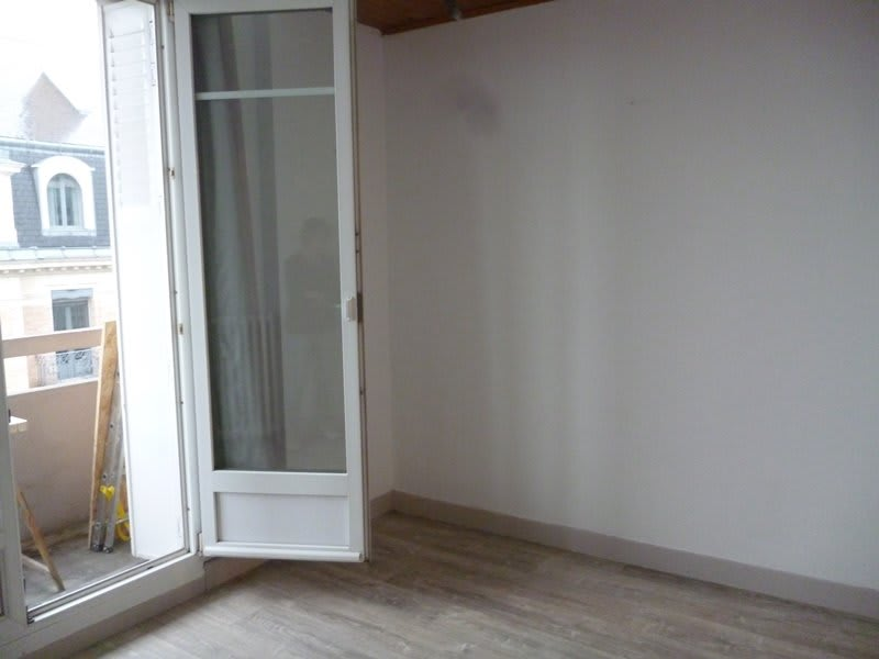 Rental apartment Tarbes 410€ CC - Picture 3