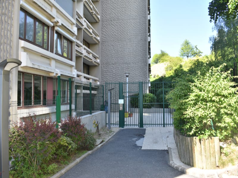 Sale apartment Bagnolet 330 000€ - Picture 1