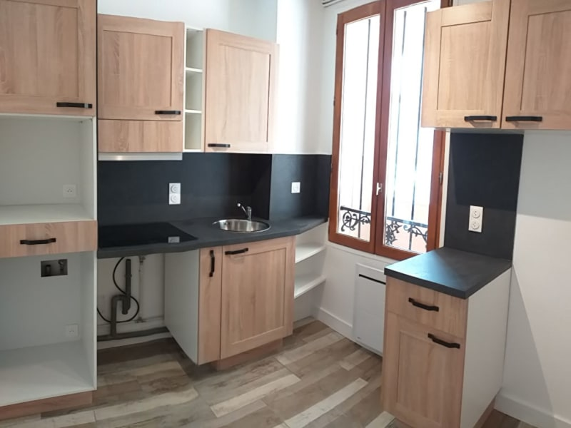 Rental apartment Malakoff 1250€ CC - Picture 1