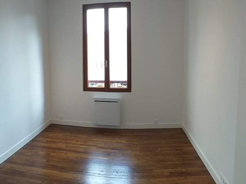 Rental apartment Malakoff 1250€ CC - Picture 2