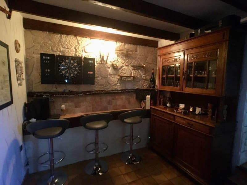 Sale house / villa La chartre sur le loir 218000€ - Picture 8
