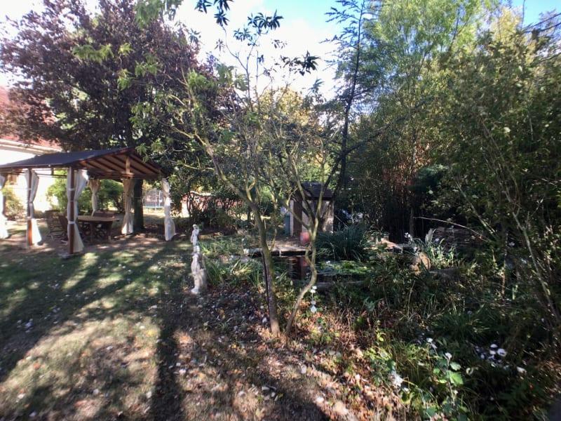 Sale house / villa La chartre sur le loir 218000€ - Picture 17
