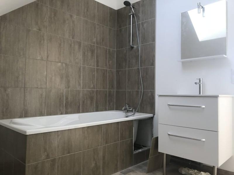 Rental apartment La ville du bois 775€ CC - Picture 4