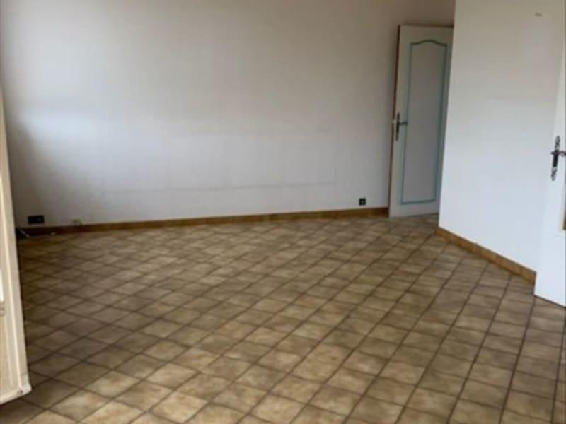 Sale apartment Villerest 59500€ - Picture 2