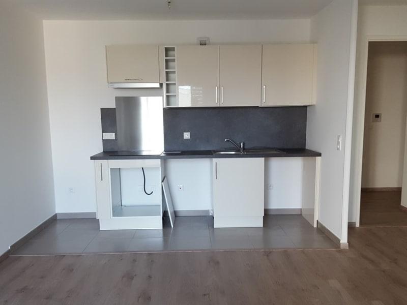 Rental apartment Mantes la jolie 927,82€ CC - Picture 3