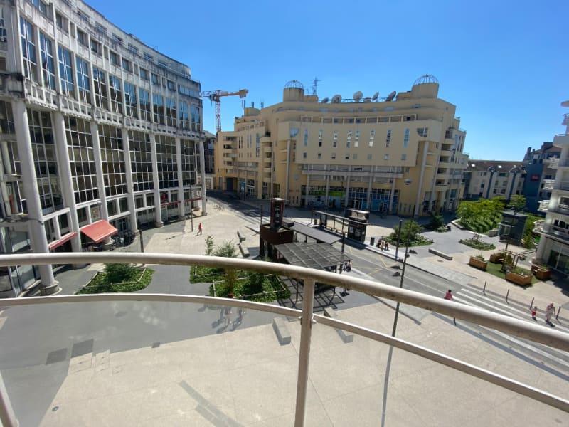 Sale apartment Pau 156000€ - Picture 3