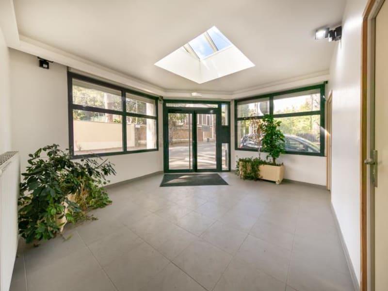 Sale apartment Villeneuve le roi 1050000€ - Picture 2