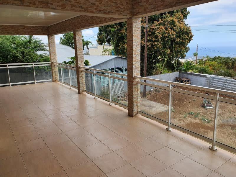 Sale house / villa La possession 364000€ - Picture 1