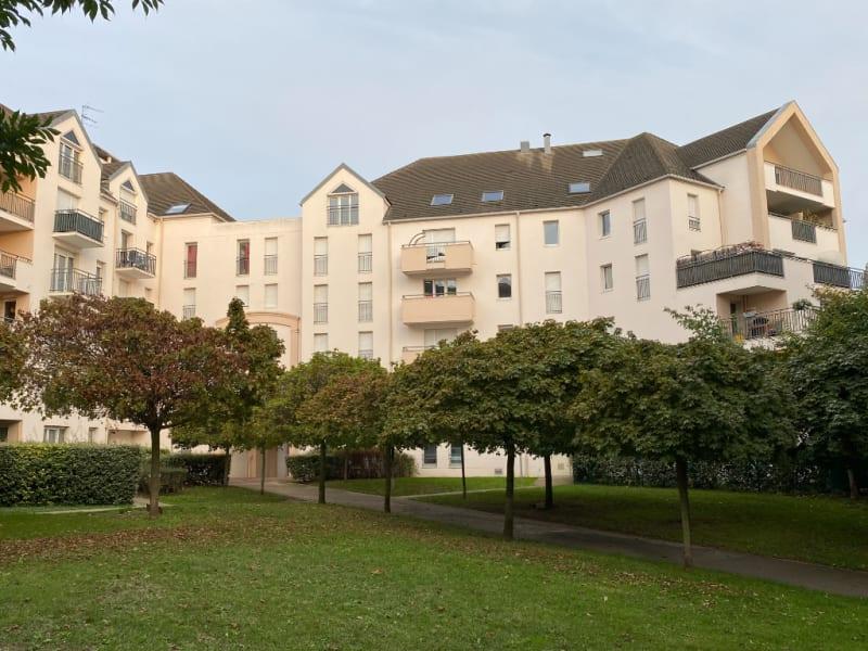 Sale apartment Pontoise 294000€ - Picture 2