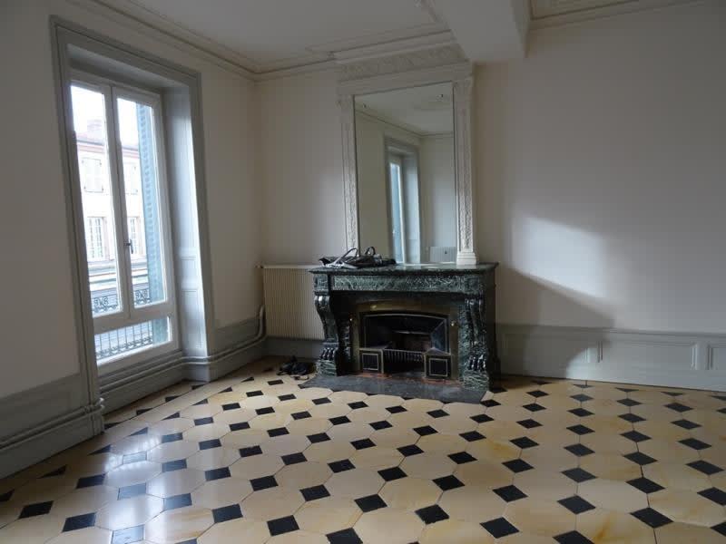 Rental apartment Le coteau 650€ CC - Picture 1