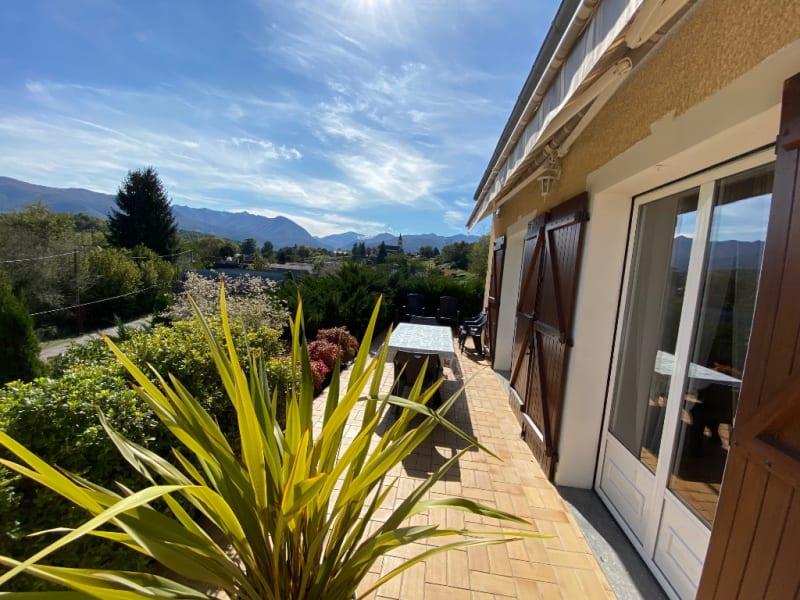 Sale house / villa Asson 290000€ - Picture 1