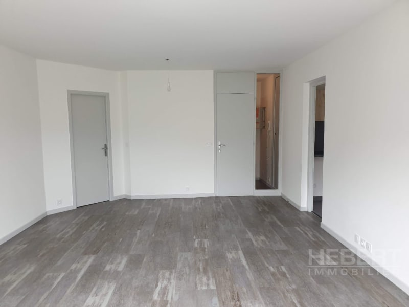Location appartement Sallanches 990€ CC - Photo 4