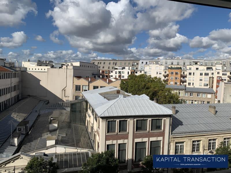 Sale apartment Paris 10ème 345000€ - Picture 2