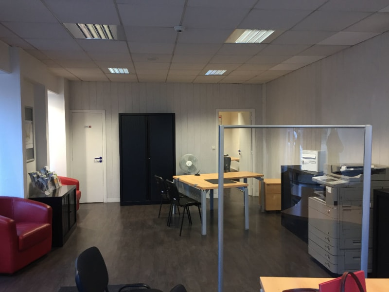 Location local commercial Saint omer 900€ HC - Photo 3