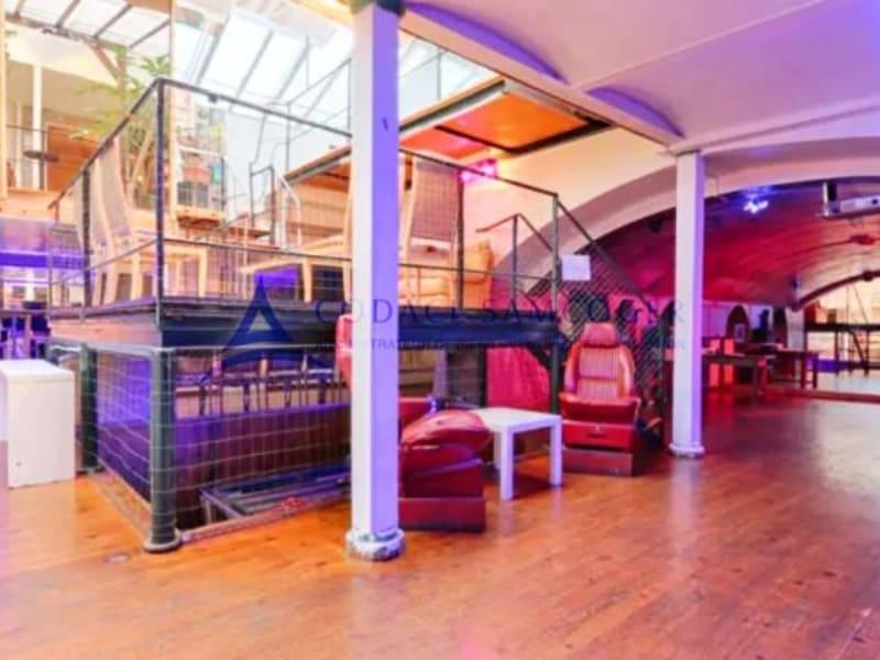 Sale empty room/storage Paris 11ème 2600000€ - Picture 4