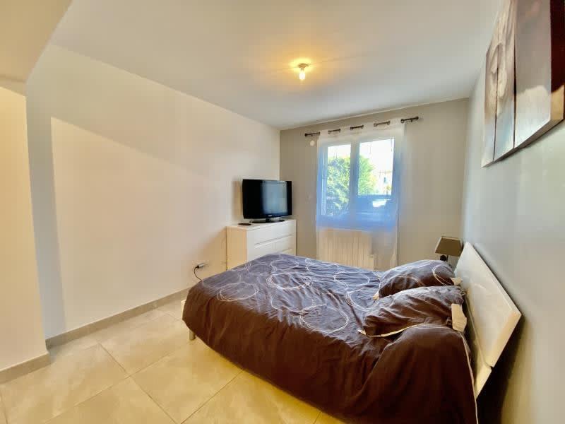 Sale house / villa St maximin la ste baume 368000€ - Picture 5