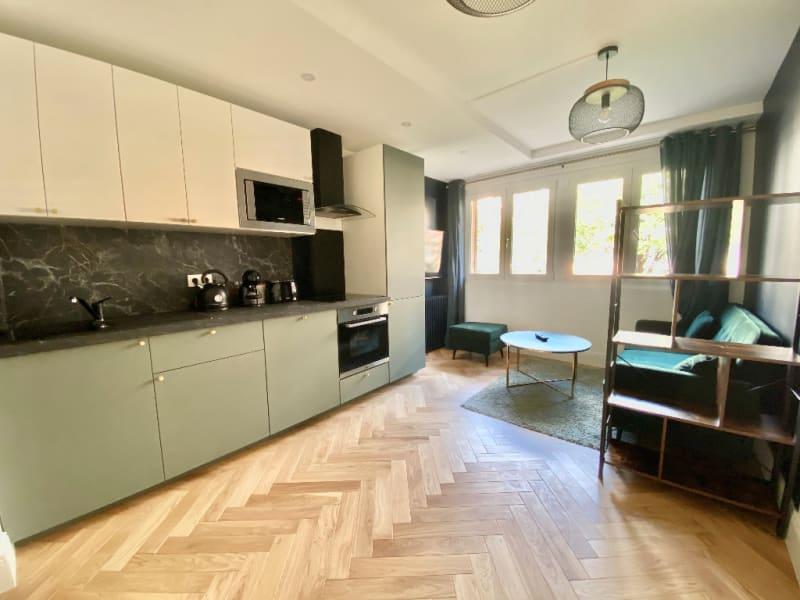 Location appartement Asnieres sur seine 2240€ CC - Photo 1