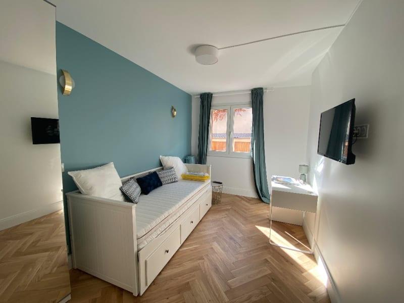 Location appartement Asnieres sur seine 2240€ CC - Photo 3