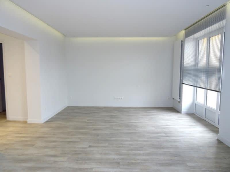 Rental apartment Roanne 975€ CC - Picture 2