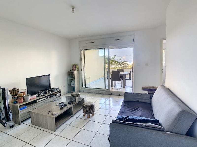 Sale apartment Saint pierre 98 000€ - Picture 1