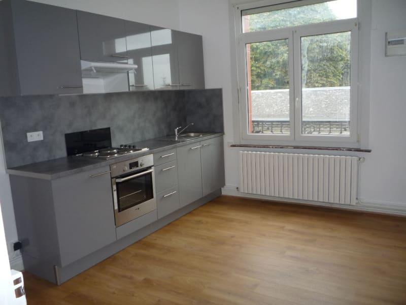 Rental apartment Caudry 582€ CC - Picture 2