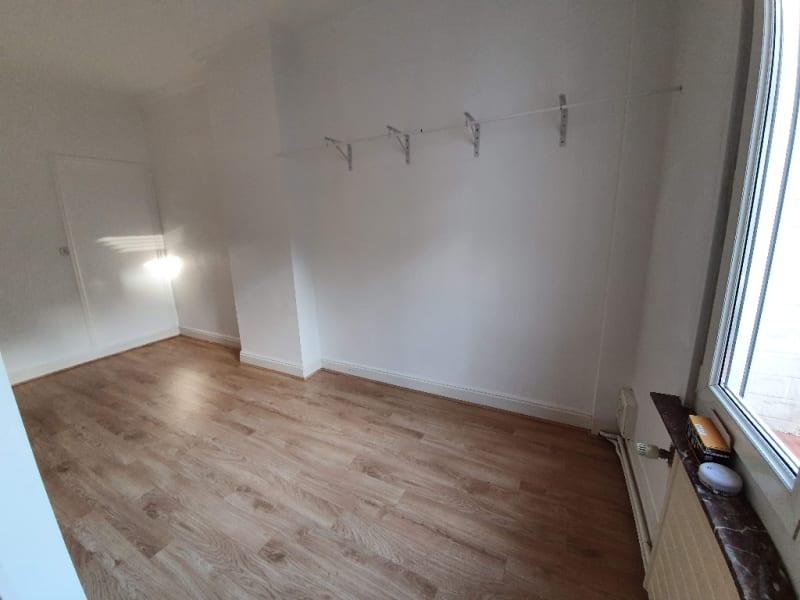 Rental apartment Caudry 582€ CC - Picture 3
