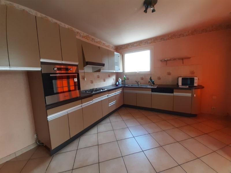 Sale house / villa Motreff 162750€ - Picture 3