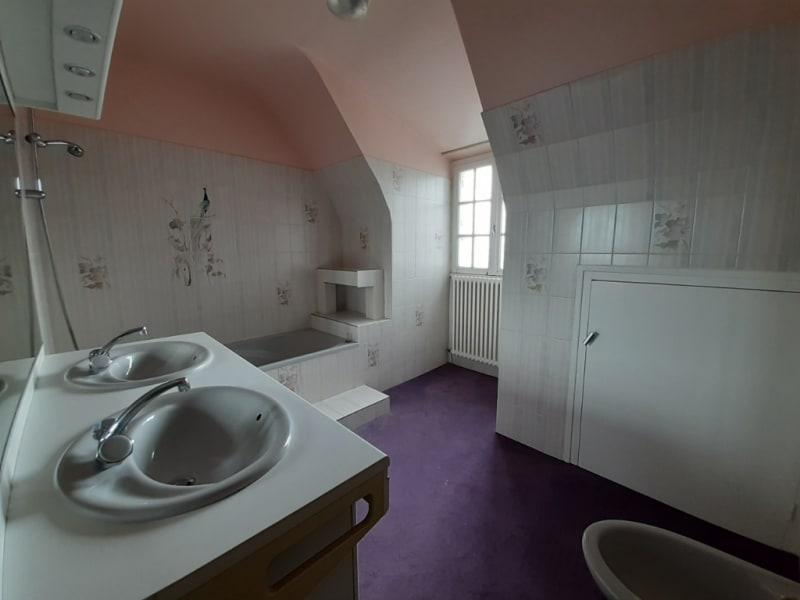 Sale house / villa Motreff 162750€ - Picture 7