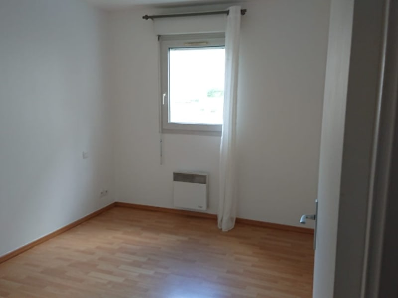 Rental apartment Viry chatillon 931,11€ CC - Picture 6